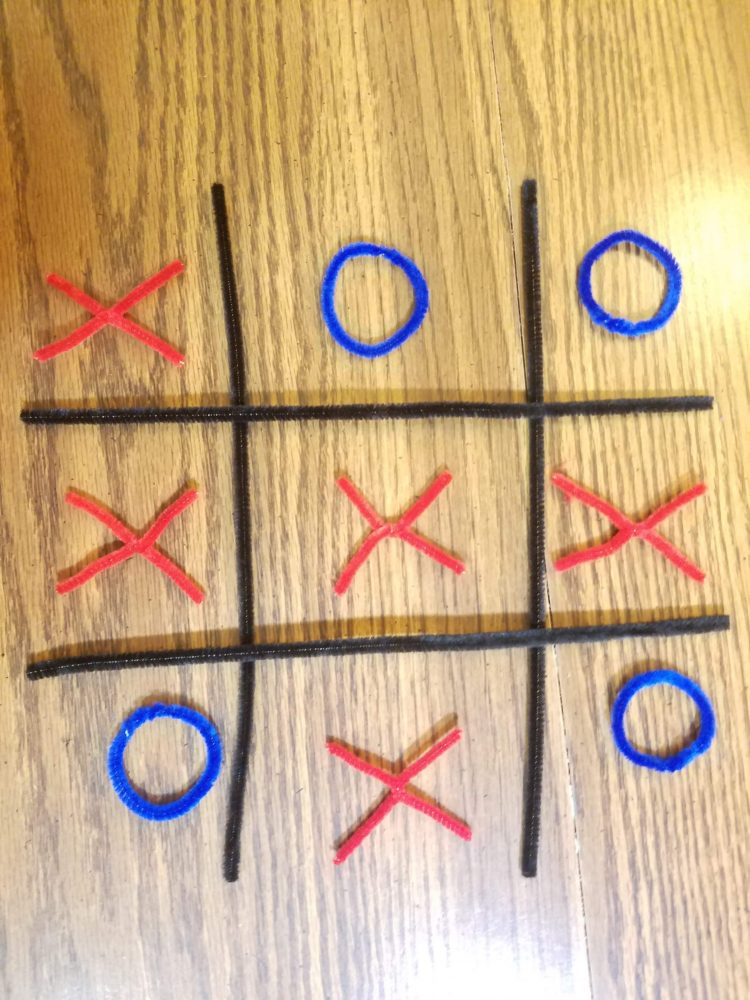 tic tac toe pipe cleaner games