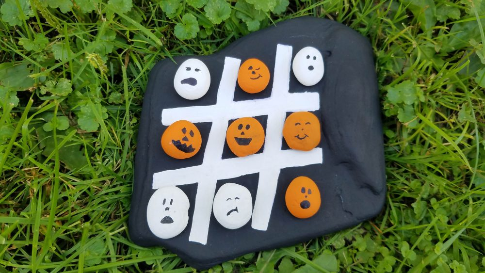 Halloween Tic Tac Toe DIY Kids Game for Play or Decoration