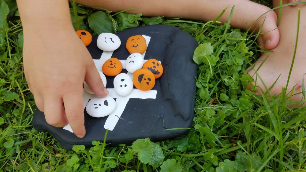 diy Halloween game