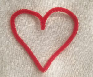 diy pictionary pipe cleaner heart
